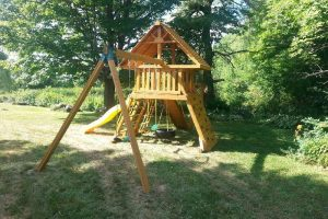 playground equipment - backyard playsets - residential swing sets - swings - Jungle Gyms Canada