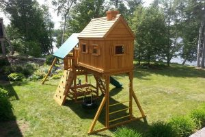 backyard playground equipment - swing sets - wooden play sets - childrens playgrounds - Jungle Gyms Canada