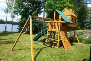 waterfront playground - cottage swing sets - play outdoors - backyard adventures - Jungle Gyms Canada