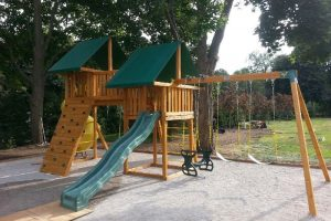 Swing Set - Residential playground - backyard play set - Jungle Gyms Canada