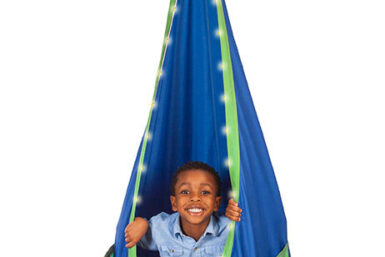 ultimate sky chair - hanging chair - fun things for kids - Jungle Gyms Canada