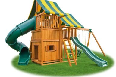 Back yard Playset - Sky Swing Set 4 - cedar playground - Jungle Gyms Canada