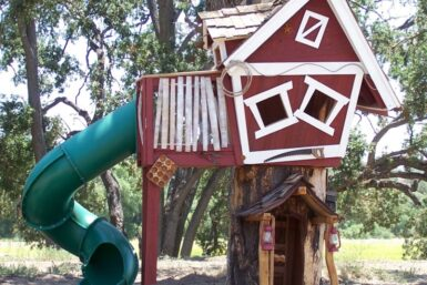 Tommys Turbo Terrace Tree House - Jungle Gyms Canada
