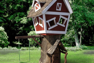 Backyard Tree House that comes with its own tree - Jungle Gyms Canada