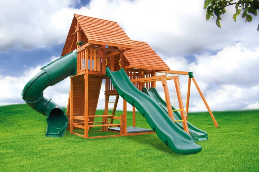 Customized Sky Play Set with Wood Roofs, Bottom Clubhouse and 5' Spiral Slide