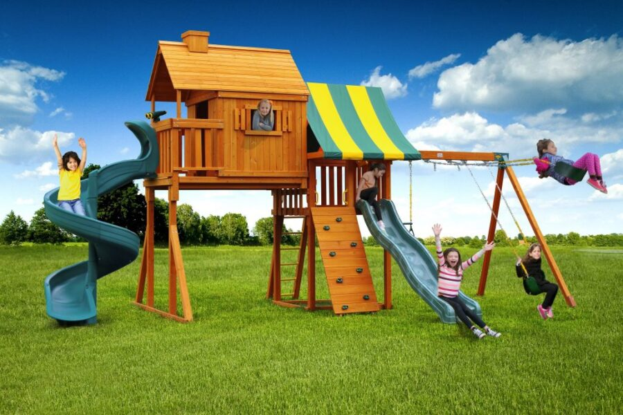 Customized Sky Tree House Play Set with 7' Open Spiral Slide